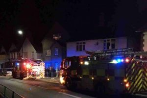 one-person-trapped-in-two-car-crash-on-whippingham-road-in-east-cowes