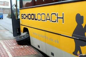 school-coach-loses-front-wheel-causing-traffic-chaos-in-portsmouth