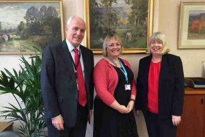 working-together-to-deliver-dementia-friendly-initiatives-in-hampshire