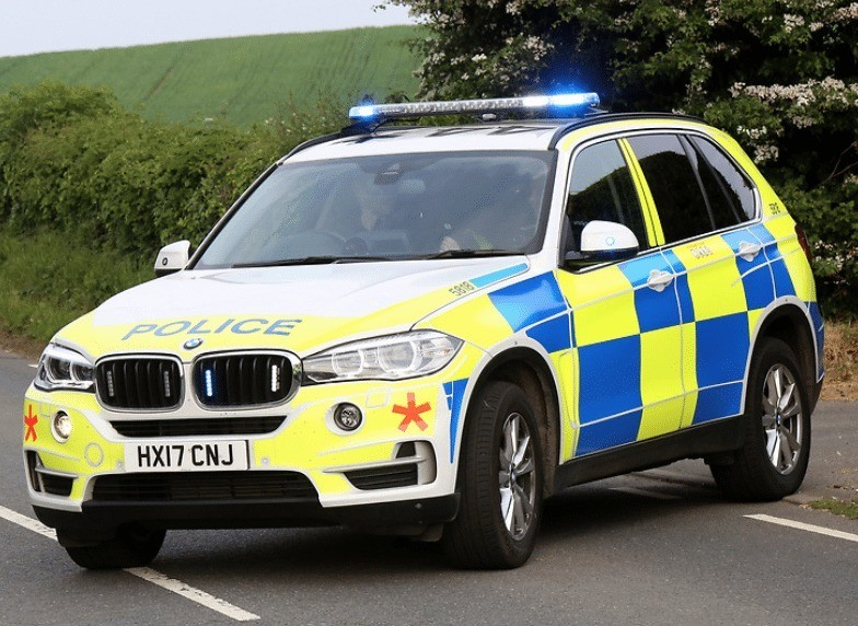 Manhunt Launched After Man  Makes Off After Rolling Car  On The Isle Of Wight