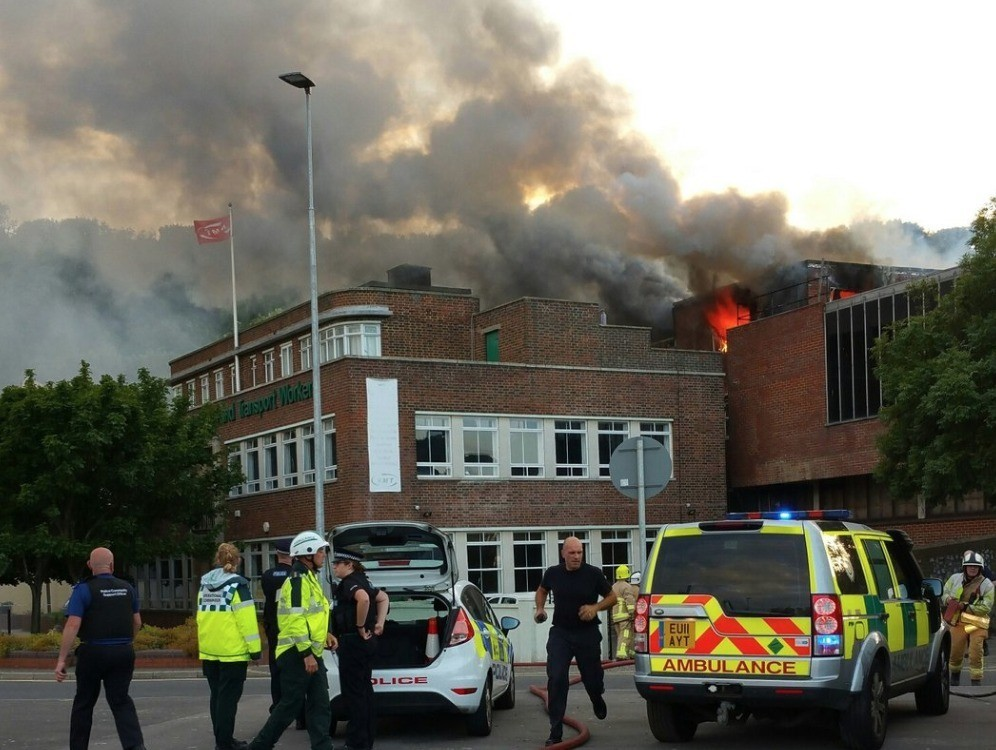 fire-rips-through-disused-dover-night-club