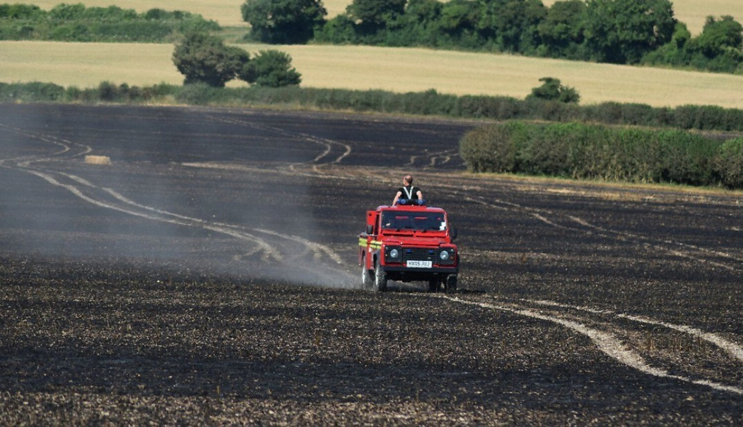 Firefighters  Called To A 60-acre Field Of Standing Crops Near Winchester