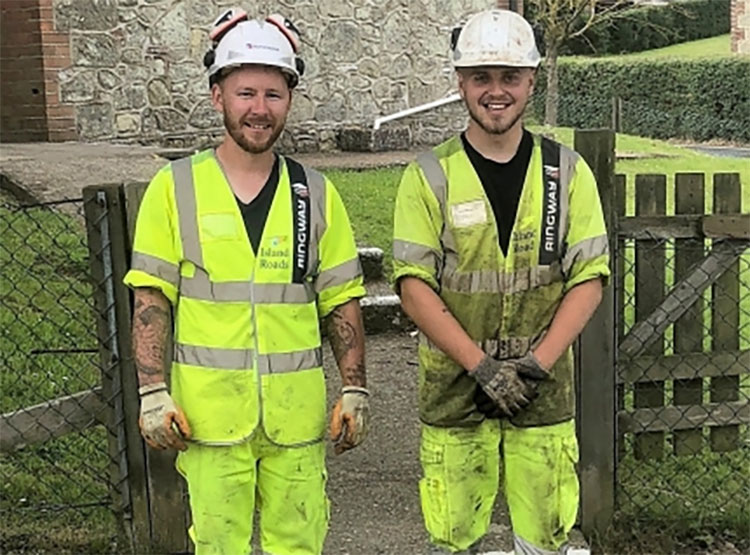 Island Roads Helps 'remarkable' Chillerton Community Project