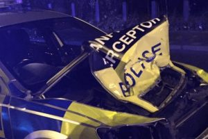 man-arrested-after-ramming-police-car-in-north-london