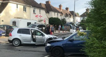 man-serious-after-he-was-involved-in-a-collision-and-than-stabbed-in-the-torse-in-tunbridge-wells