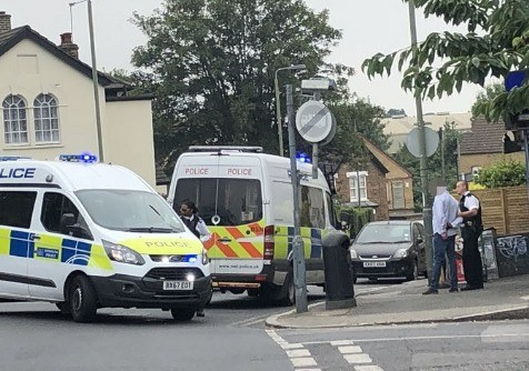 police-in-bromley-has-arrested-a-man-for-criminal-damage