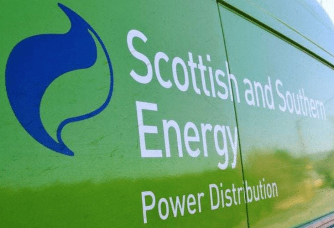 thousands of homes on the isle of wight left without power after large scale power cut 1