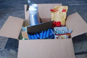 two-teenagers-arrested-for-supplying-nitrous-oxide
