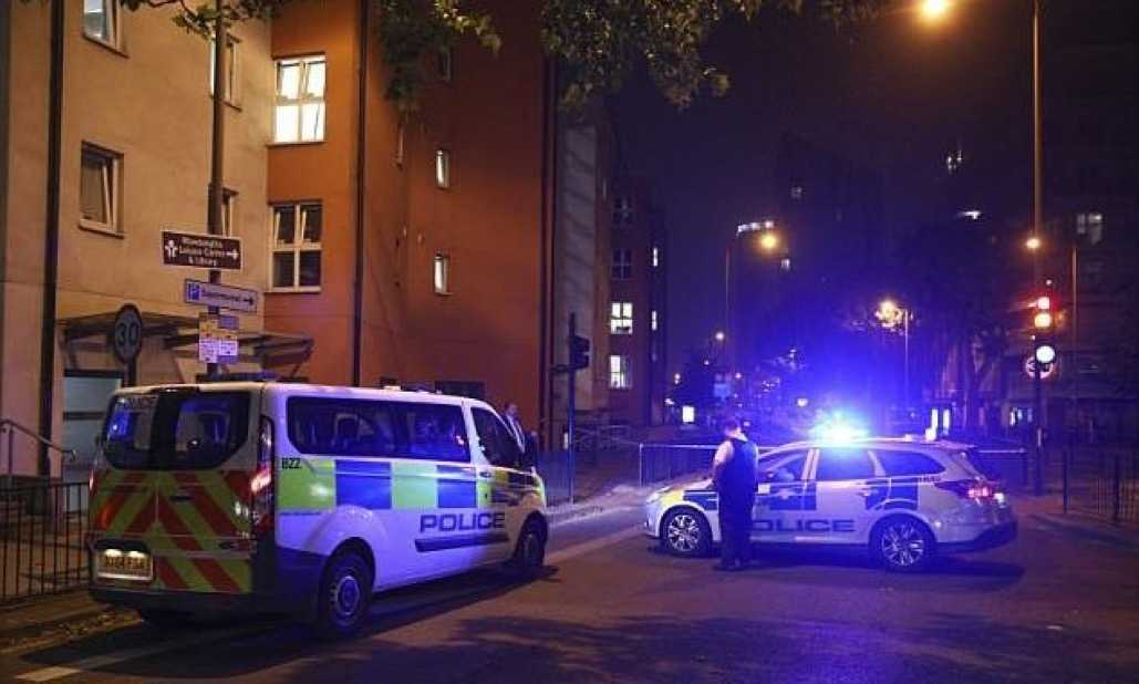 Police Launch Murder Investigation Following Stabbing