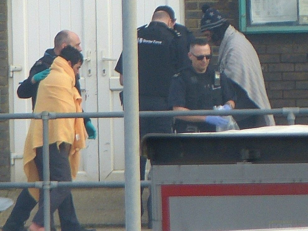 19 Migrants Detained In Dover
