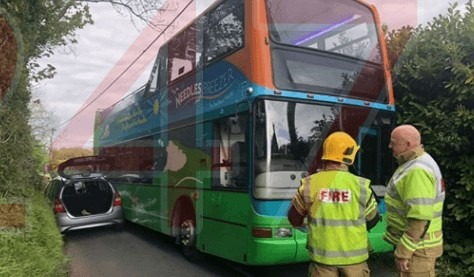 isle of wight fire crew called to bus vs car incinident in the west wight