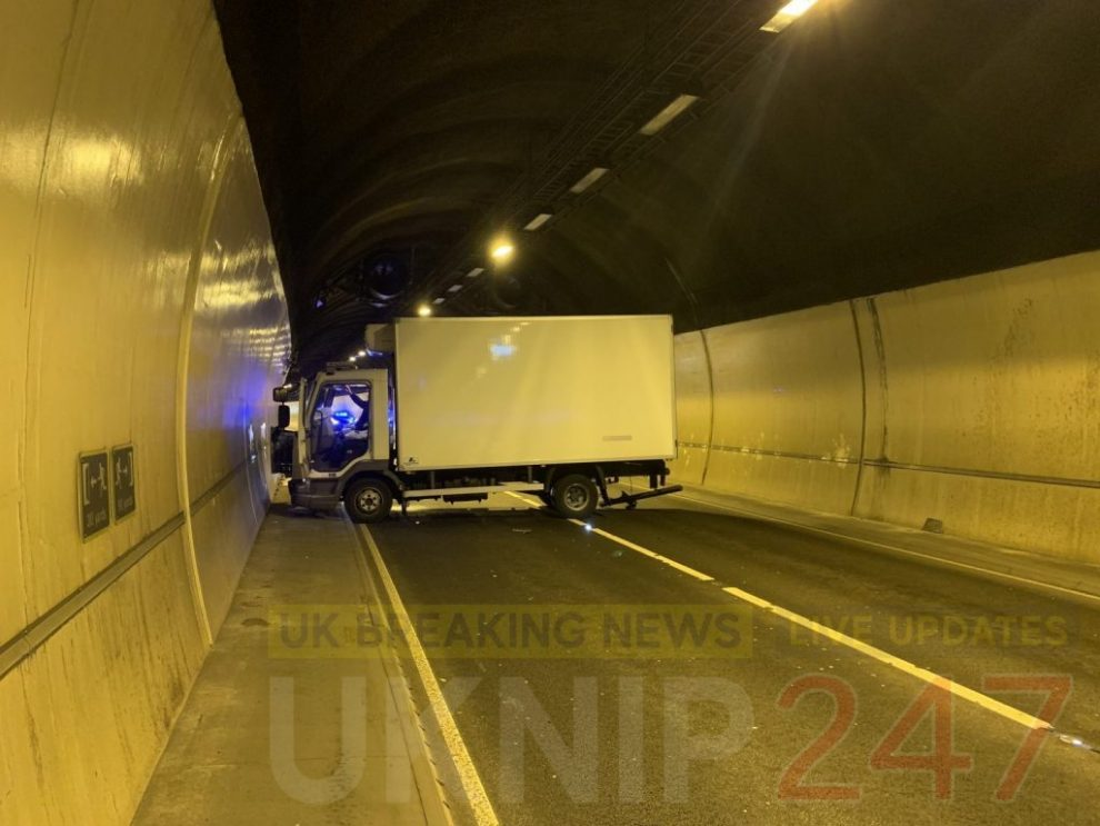 updateda3 hindhead tunnel closed after multi vehicle collision