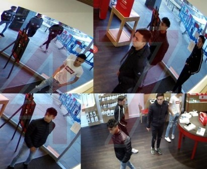 Vodafone Store  Robbed By Gang