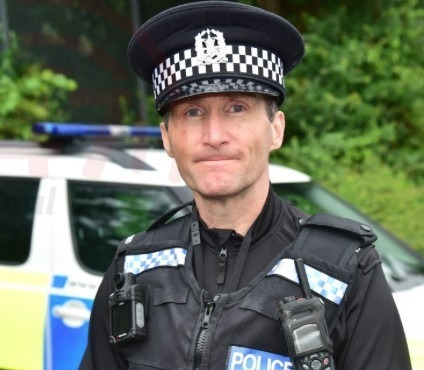 hampshire officer whose unselfish devotion to his community goes far beyond the call of duty has been honoured by the queen