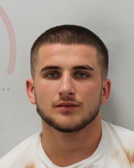 Man wanted for serious stabbing in Croydon
